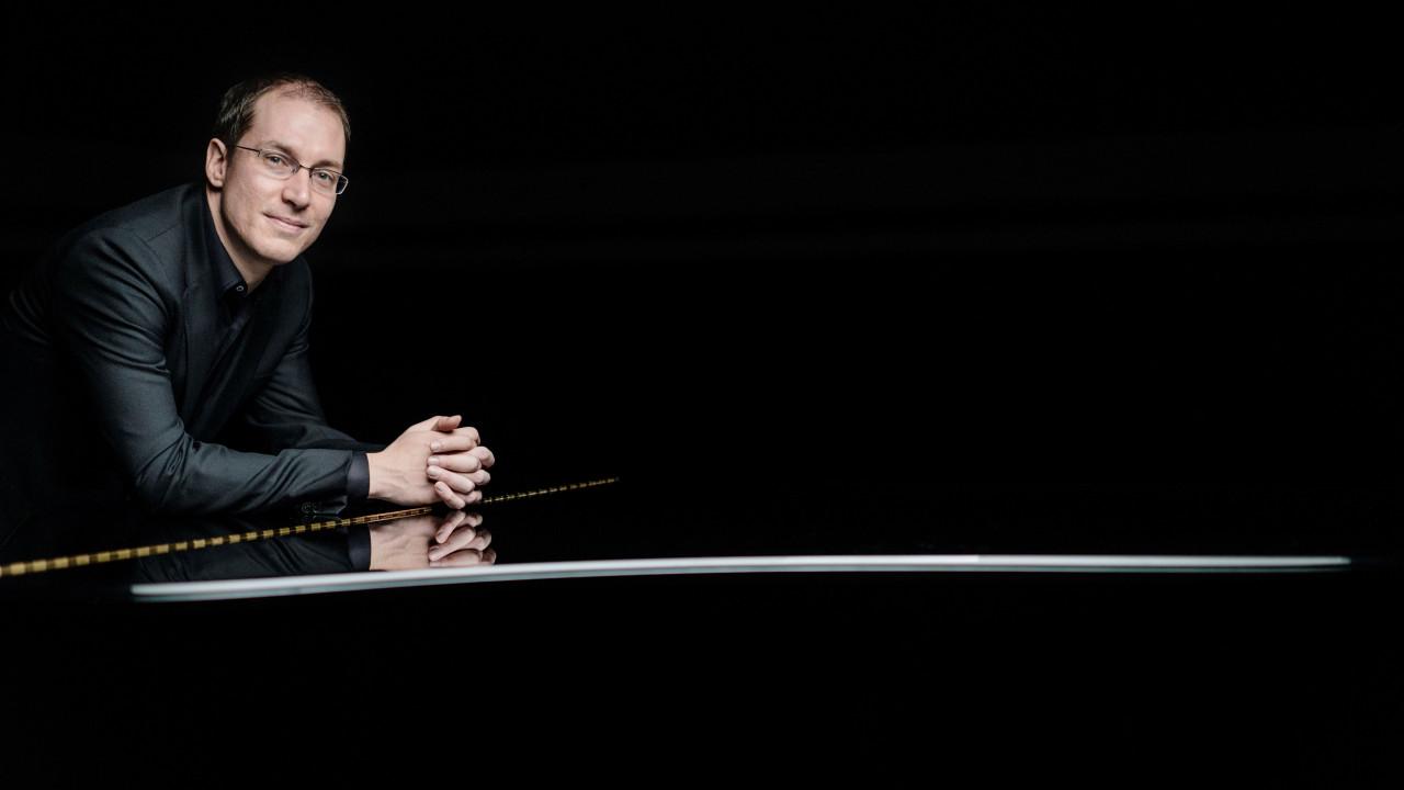 Gilles Vonsattel, piano